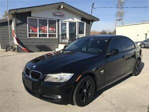 2011 BMW 3 Series 328i xDrive Classic Edition|SUNROOF|LEATHER