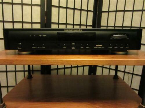 Marantz ST-17U FM / AM Tuner With Remote