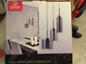 Brand New Globe Sascha 3-Light Pendant