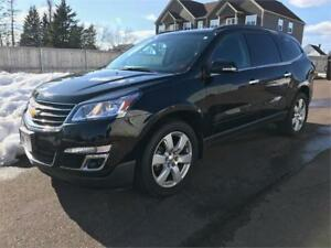 2016 Chevrolet Traverse LT - ONLY 30,000 KMS.