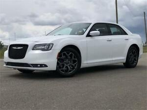 2018 Chrysler 300 300S |$236 B/W OAC | GET APPROVED TODAY!!