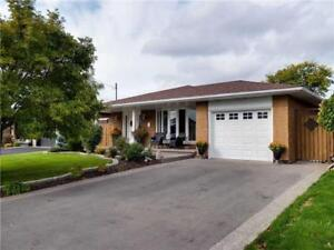 Amazing Fully Updated 4 Level Backsplit 4 Bedroom Finished Bsmt!