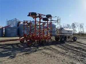1992 Bourgault 8800 - 36 ft. Air Seeder w/ 3225 Air Tank