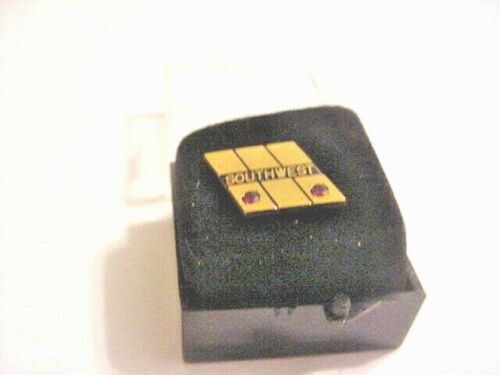 Old Style Southwest Airlines 15 Year Service Pin.  BIN. Free U.S. Ship. 1/10 10k