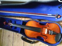 violin with bow and case- excellent condition, superb sound, suit beginner/improver