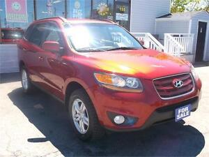 2010 HYUNDAI SANTA FE GL * ONLY 147,000 KMS * LOADED !! AWD !!