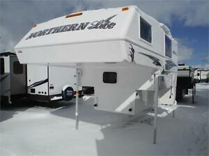 "2017 Northern Lite 8'11"" Queen Classic SE Luxury Truck Camper"