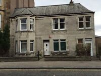 3-bed student apartment in New Town ** OPEN VIEWING 2pm on FRIDAY 10th MARCH **