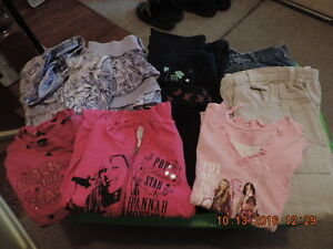 """Small """"Lot"""" of Girl's Size 6X Winter Clothes London Ontario image 1"""