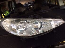 Peugeot 307 drivers side headlight.