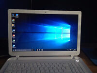 NEW Toshiba Satellite L50D 15in Laptop + MS Office 2013