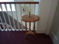 PINE Occasional Table in excellent condition
