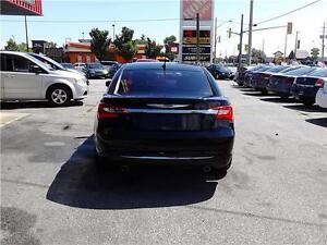 2014 Chrysler 200 Touring- Navigation - NEW REDUCED PRICE Windsor Region Ontario image 5