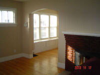Cute 2 Bedroom House Conveniently Located
