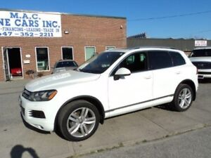 2012 Volkswagen Touareg NAVIGATION - PANO ROOF - CERTIFIED