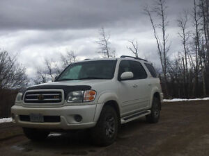 2004 Toyota Sequoia Limited SUV, Crossover