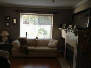 $875/mo 1 bedroom townhouse - Maple Ridge