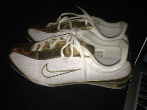 $50 ~~ Brand NEW Women's Gold Nike Shoes Size 8.5 ~~$50