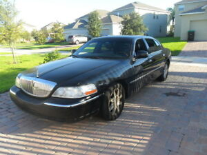 2006 Lincoln TownCar,Loaded,Black,PrivateUsed,HiwayKm Car