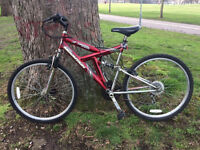 Dakota Red Mountain Bike for sale in good riding order, City centre, 18 speeds