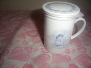 Sarah's Angels mug.Sarah's  Angel Figurine. Kingston Kingston Area image 2