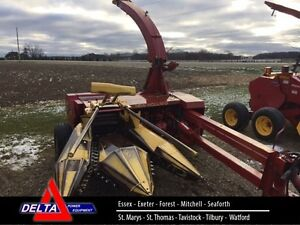 1991 New Holland 790 Pull-Type Forage Harvester
