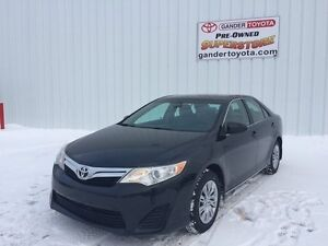 2013 Toyota Camry LE - with 4 year/100,000 km Extended Warranty
