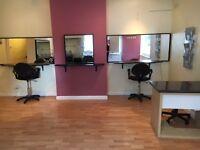 Hairdressers/Barbers/Shop to RENT New Bradwell High St. MILTON KEYNES Good footfall, corner plot!