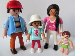 Playmobil Dollshouse family figures: Mum, dad, girl & baby NEW