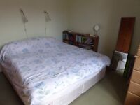 ONE BEDROOM FLAT FOR SALE, IN PAISLEY.
