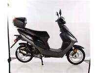 SCOOTER 49cc ADO ADULTE LAVAL MONTREAL TERREBONNE ST-JEROME