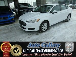 2014 Ford Fusion S*Only 5,677 kms!