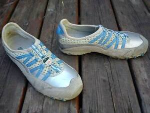 Dakota Women's Safety Shoes. Size 9