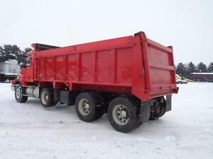 2006 VOLVO VHD TRI-AXLE DUMP TRUCK, 20'FT STEEL BOX Kitchener / Waterloo Kitchener Area image 5