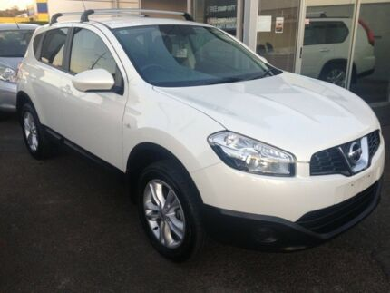 2013 Nissan Dualis J10W Series 3 MY12 ST Hatch 2WD White 6 Speed Manual Hatchback Cleveland Redland Area Preview