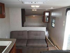 2016 Canyon Cat 27FQC Travel Trailer with Bunkbeds- Sleeps 8 Stratford Kitchener Area image 4
