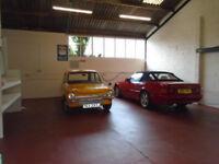 Workshop, Storage, Showroom, Shop to let in Thorney nr Peterborough. 950 Sq Ft.