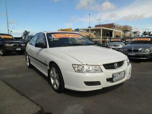 2005 Holden Commodore VZ Executive White 4 Speed Automatic Sedan Heatherton Kingston Area Preview