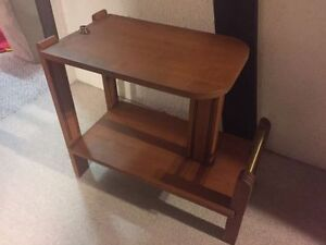 Excellent Condition 70s Real Wood Side Table