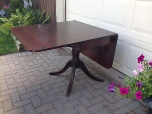 Antique table Peterborough Peterborough Area image 2