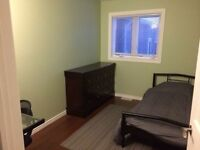 Room For Rent Super Close to U of M!