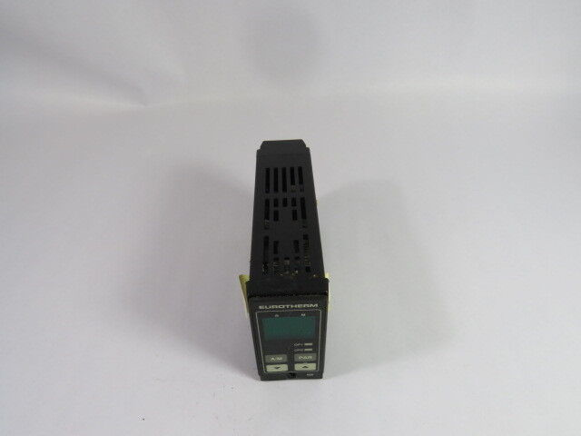 Eurotherm 808/D1/0/0/0/0/QLS/AZEC400 Panel Mounted Controller  USED