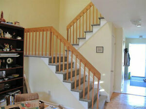LOVELY 3 LEVEL TOWNHOUSE  ON CORNER LOT WITH GARAGE West Island Greater Montréal image 5