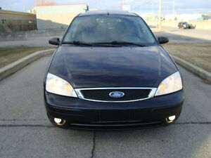 2007 FORD FOCUS SES HATCHBACK SNOW TIRES''GST INCLUDED'''' West Island Greater Montréal image 3