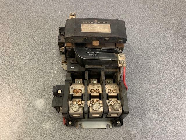 GENERAL ELECTRIC NEMA SIZE 4 600VAC MOTOR STARTER CR306F0**