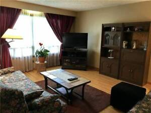 $1600 / 3BR - AJAX Main Floor Bungalow 3BR 1BATH 1KIT for LEASE