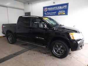 2014 Nissan Titan PRO-4X CREW CAB 4x4 LEATHER NAV  SUNROOF