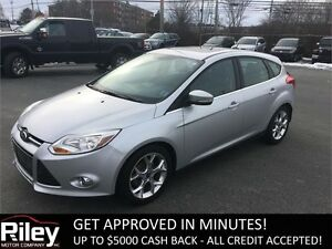 2012 Ford Focus SEL HEATED LEATHER SEATS,AUTO,BLUETOOTH,CRUISE