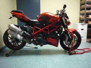 2010 Ducati Streetfighter 1098