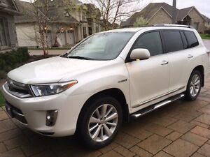 2011 Toyota Highlander Limited SUV, Crossover